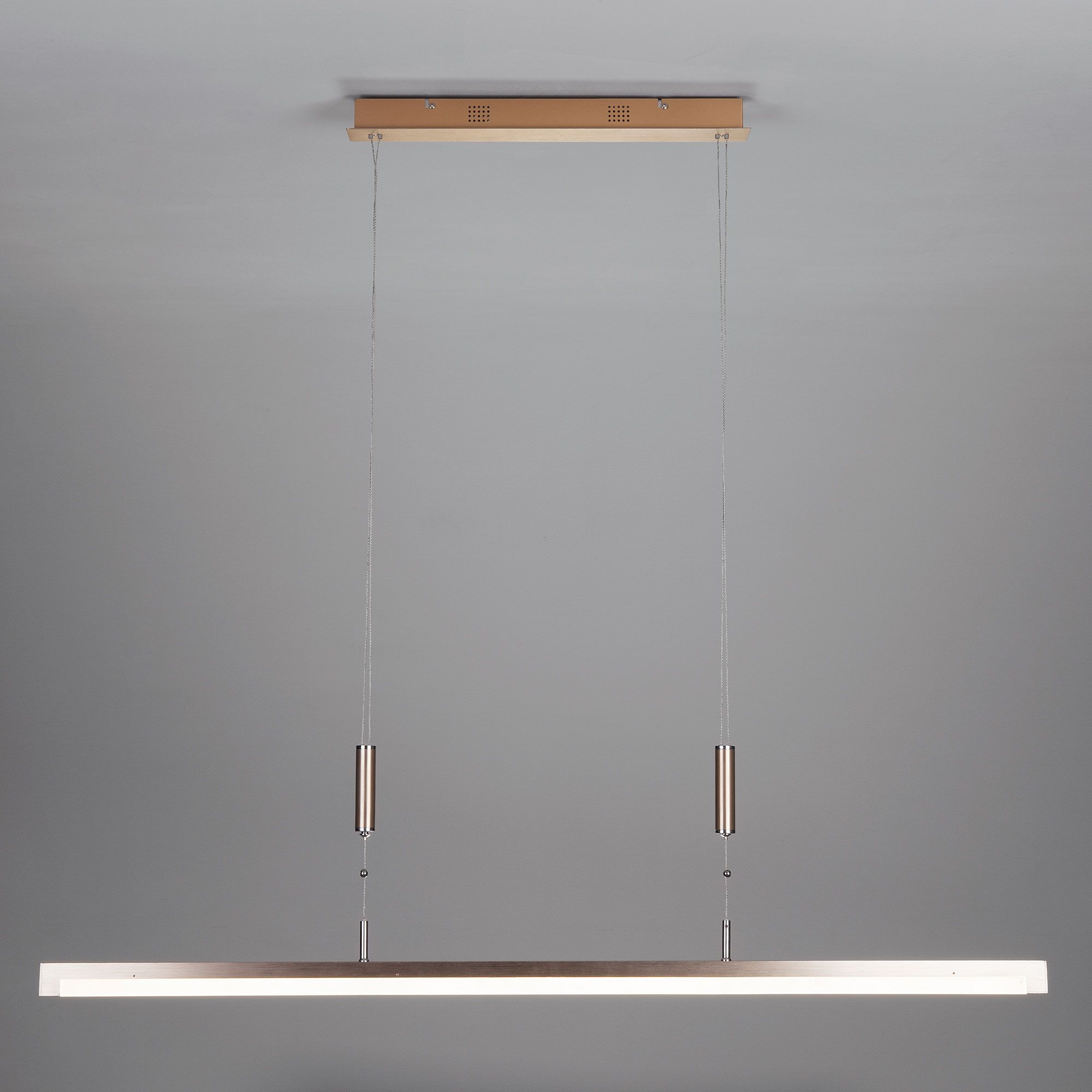 Подвесной светодиодный светильник с регулировкой по высоте 90030/1 золото