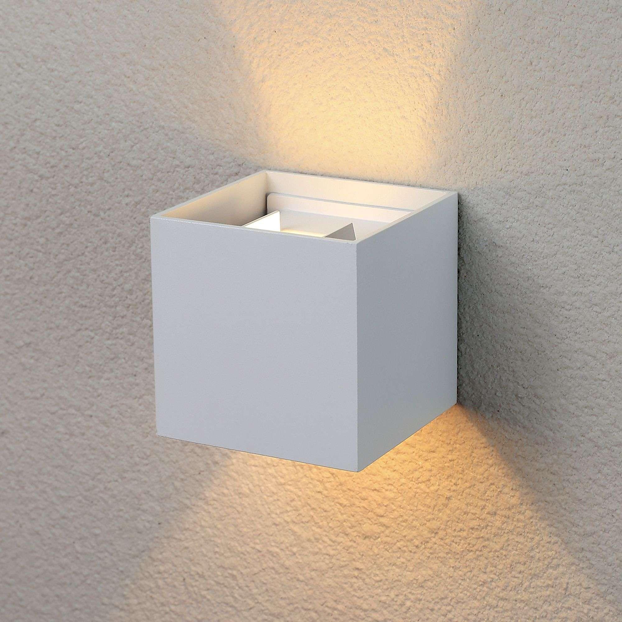 Пылевлагозащи<wbr>щенный светодиодный светильник с регулируемым углом рассеивания Winner белый IP54
