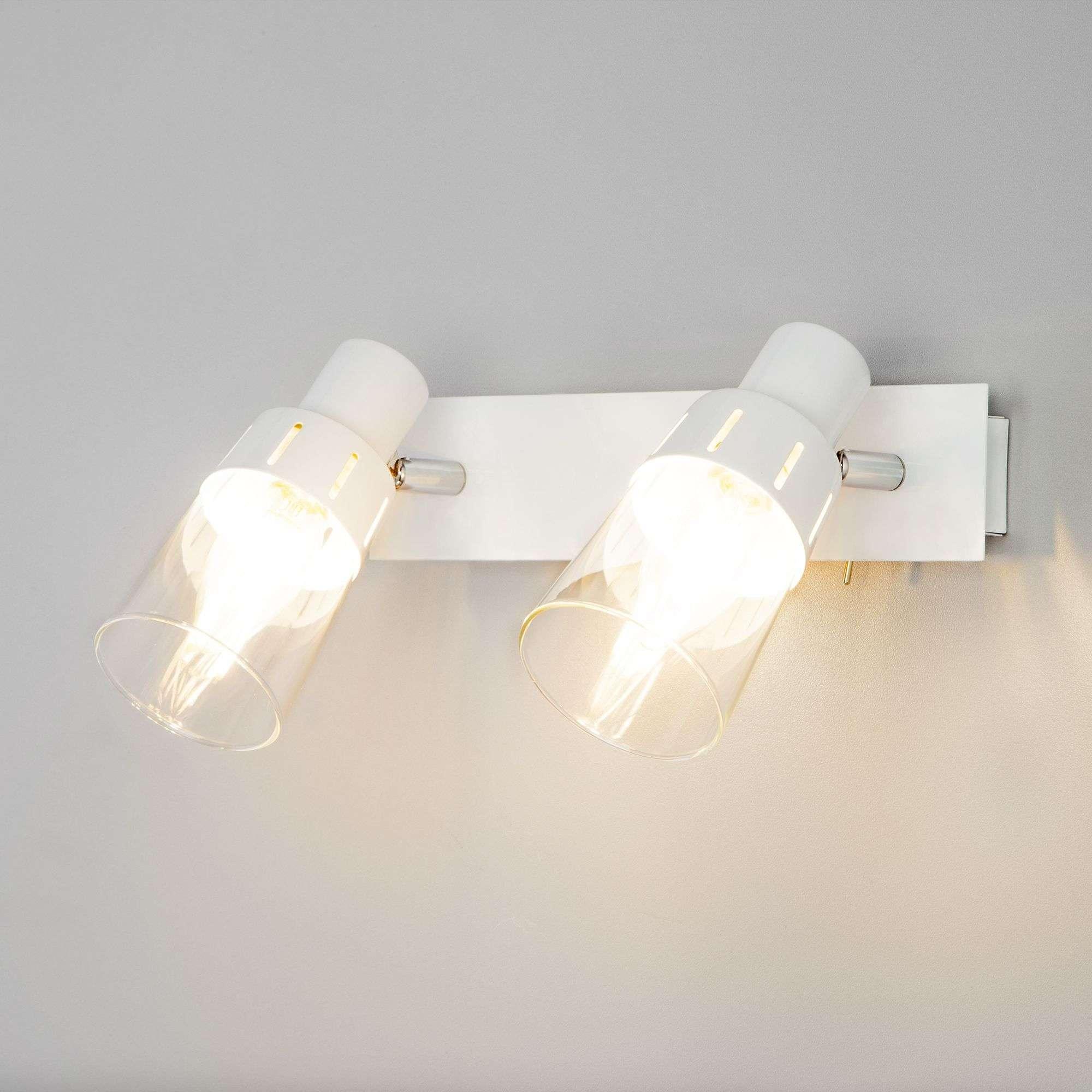 Настенный светильник с выключателем 20081/2
