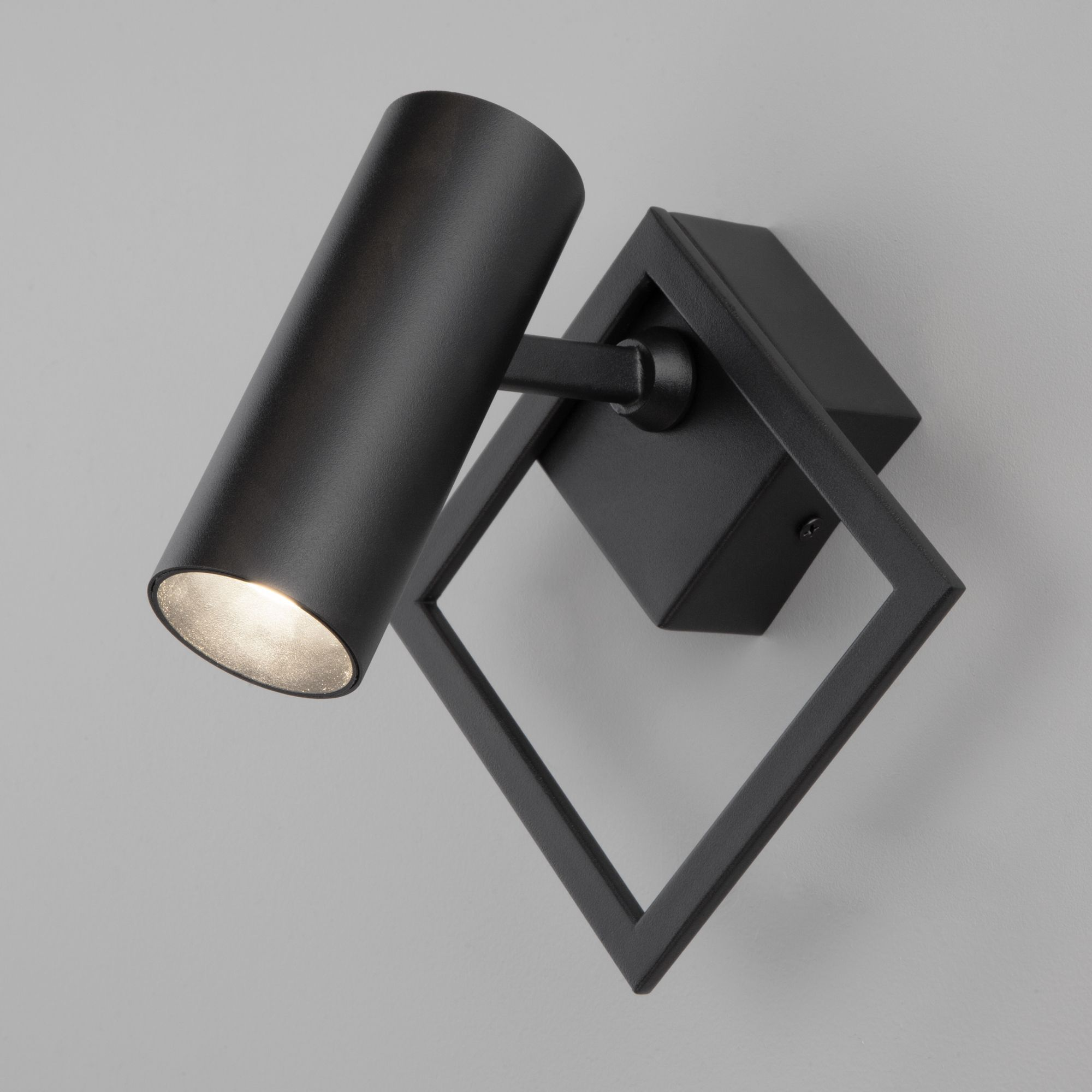 Настенный светодиодный светильник 20091/1 LED черный