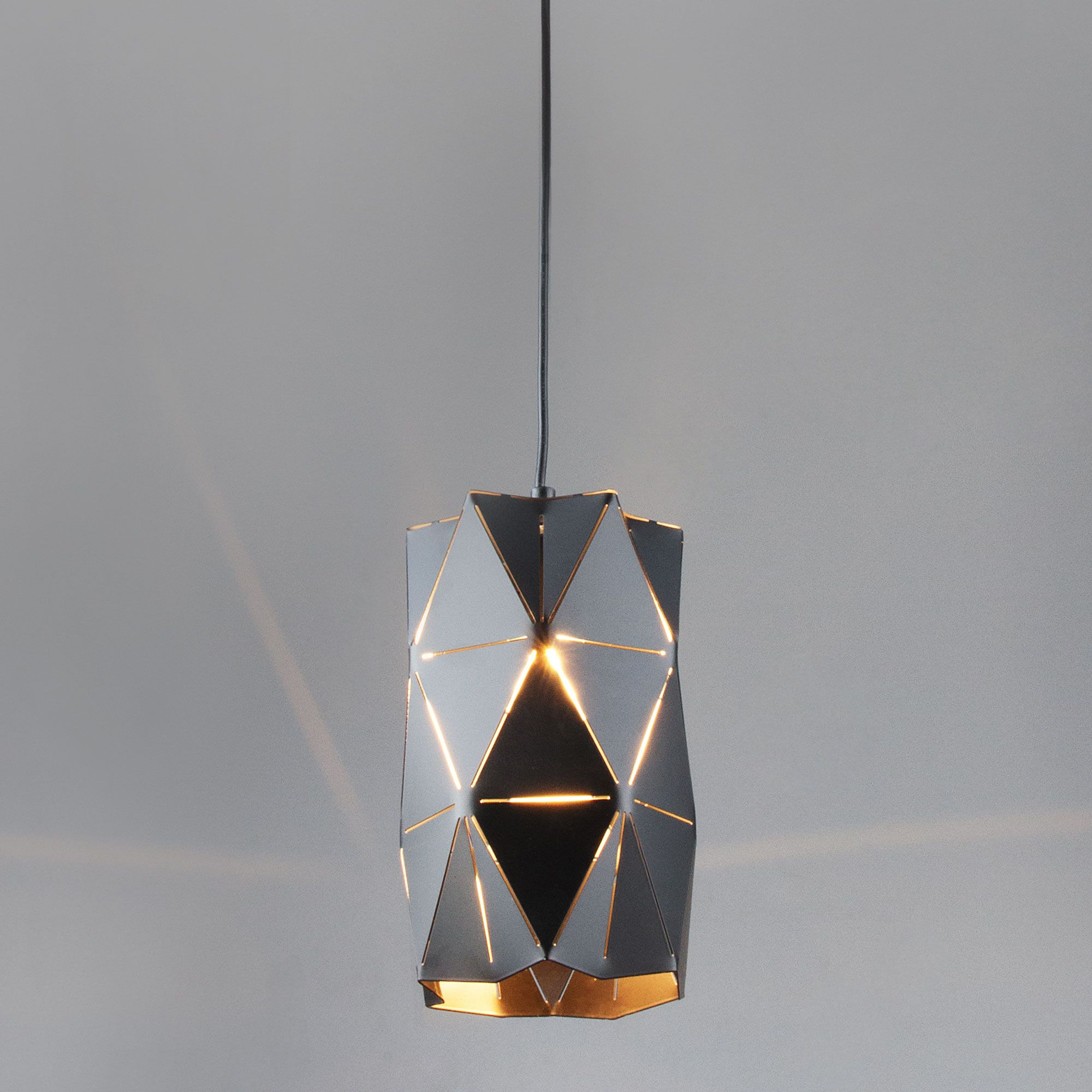 Подвесной светильник лофт с плафоном 50145/1 черный