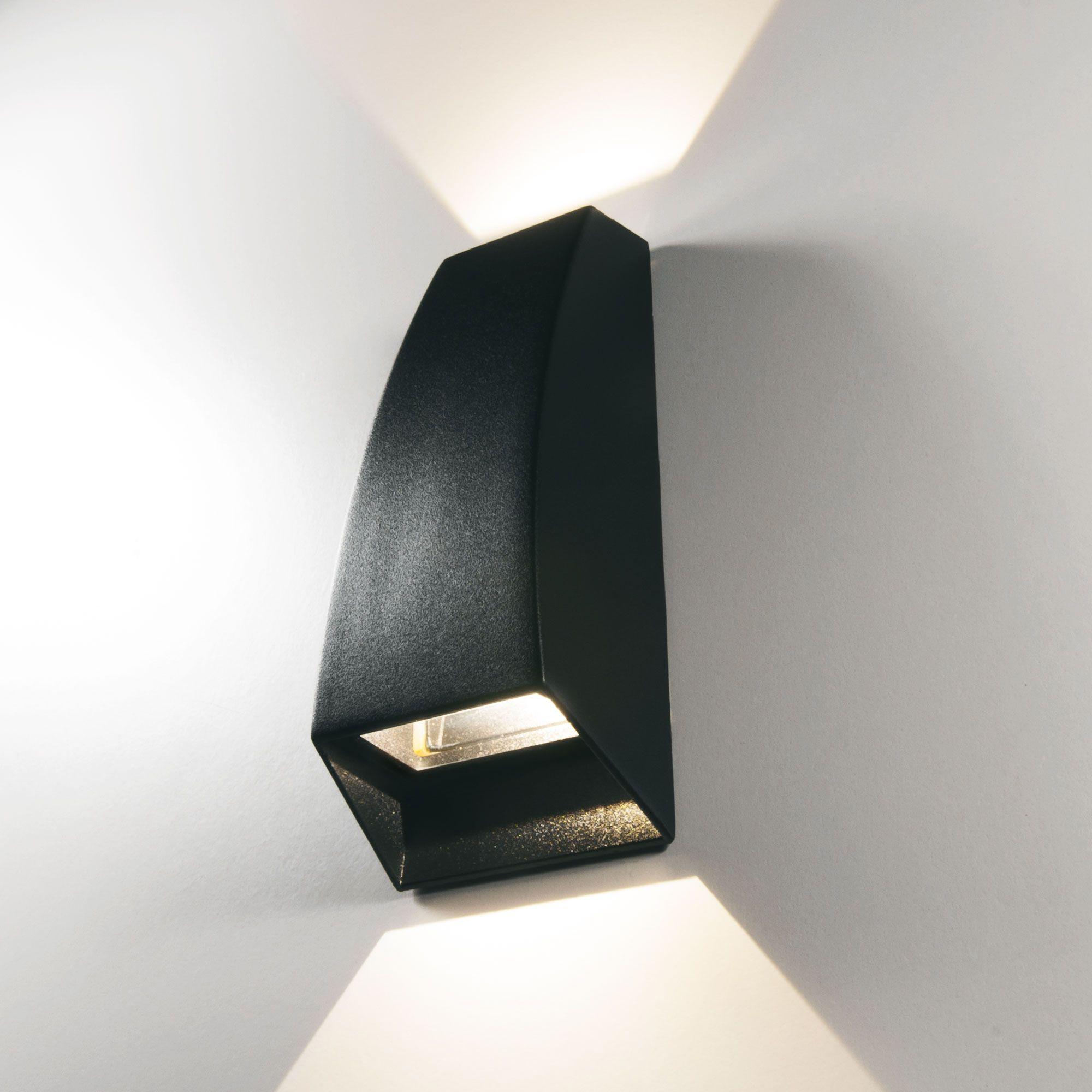 Пылевлагозащи<wbr>щенный светодиодный светильник 1016 Techno черный IP54 1016 Techno черный