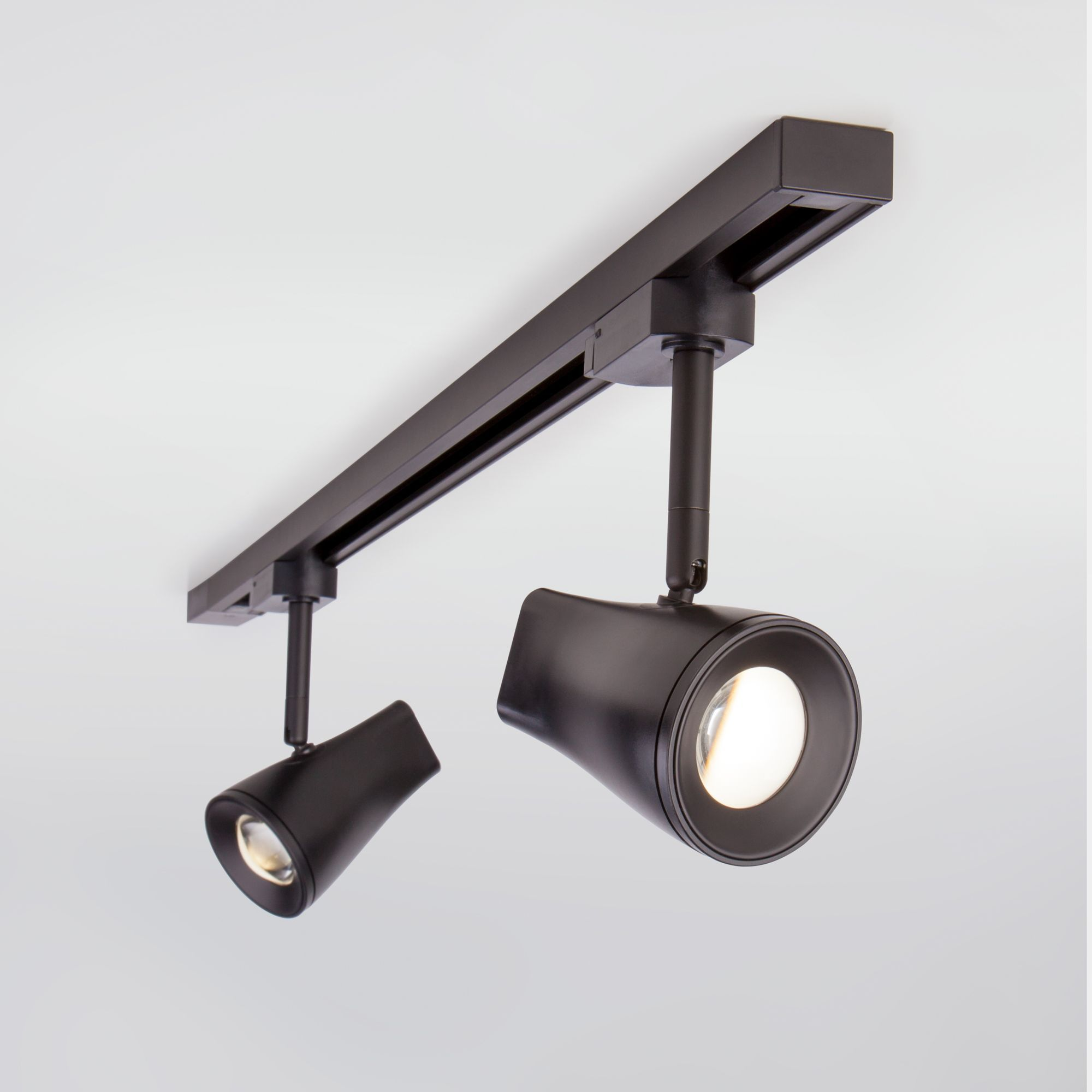 Трековый светодиодный светильник для однофазного шинопровода Hardi черный 9W 4200K (1 шт.) LTB18